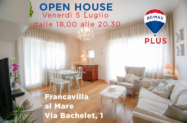 Soggiorno di un casa in vendita a Francavilla al mare
